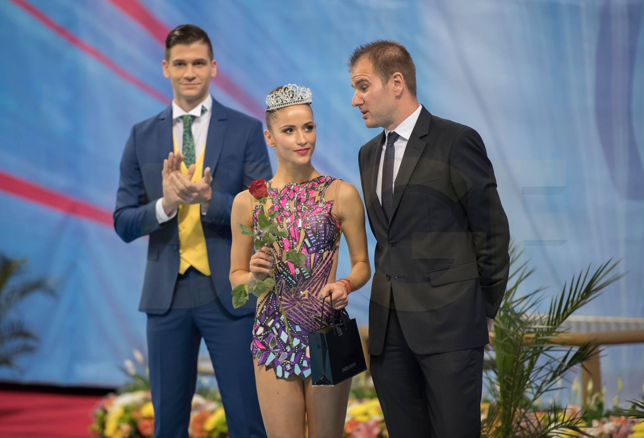8fd8184f795 06.05.2017 г. Кралица Невяна - признание от спортните журналисти ...